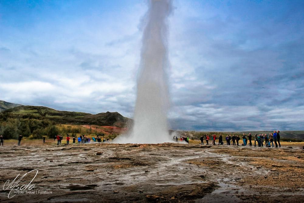 冰島遊, 冰島義工