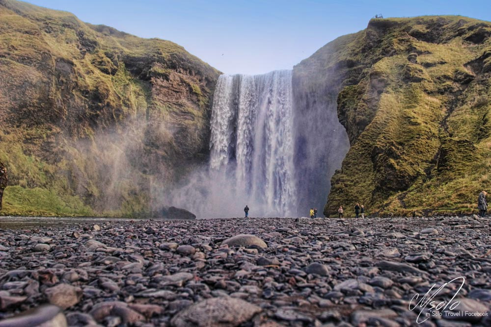 maggie wong msolo travel _iceland waterfall--2