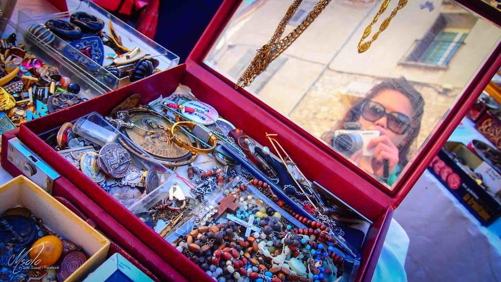 flea market antibes antique markets